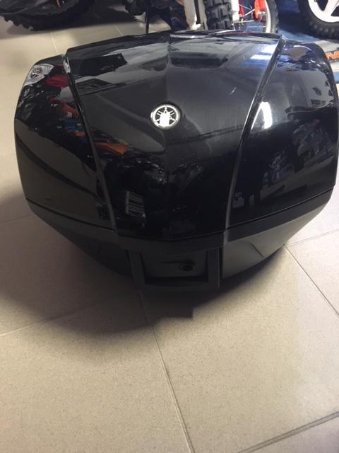 Yamaha hátsó koffer