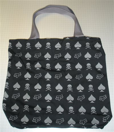 Fox női bevásárló táska Spade N Skull Tote  51b7a11bf1