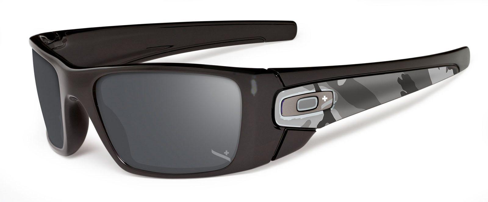 2b616e9bdc5d Oakley napszemüveg Fuel Cell fekete-iridium | aunergyor.hu